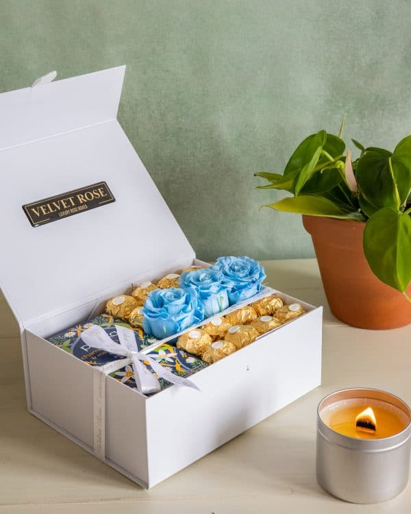 THE HERBAL TEA, LIGHT BLUE ETERNITY ROSES & CHOCOLATE GIFT BOX