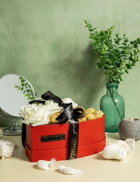 The Ferrero Heart Roses & Chocolate Gift Box